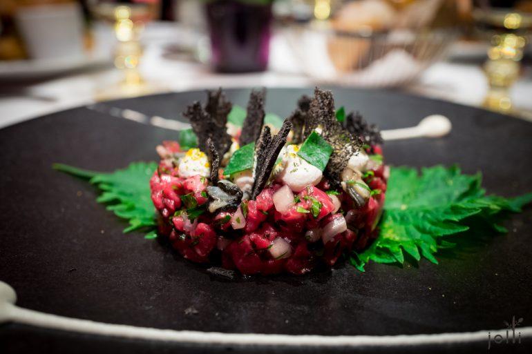牛肉鞑靼-牡蛎-柚子奶油