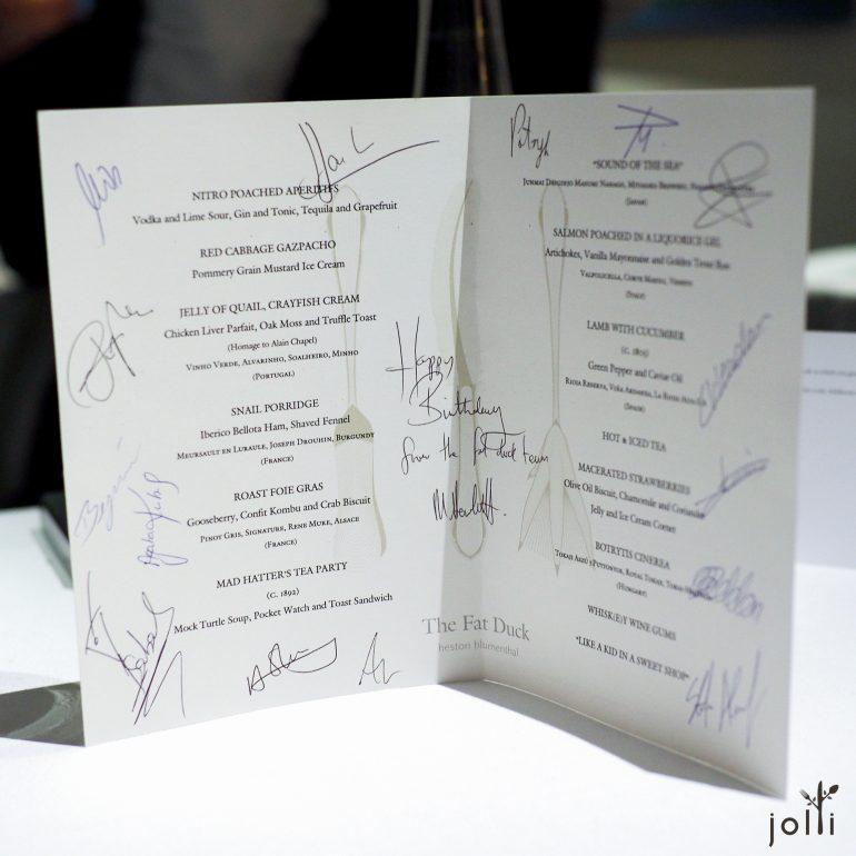餐厅全体人员签名的生日贺卡