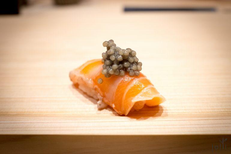 三文鱼鱼子酱