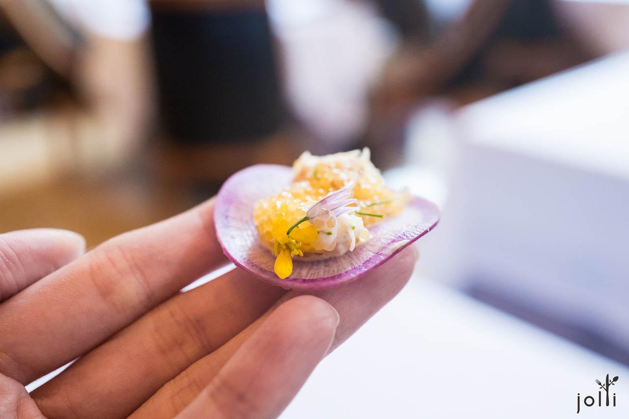 基托蟹-梭子鱼籽沙拉-小萝卜片