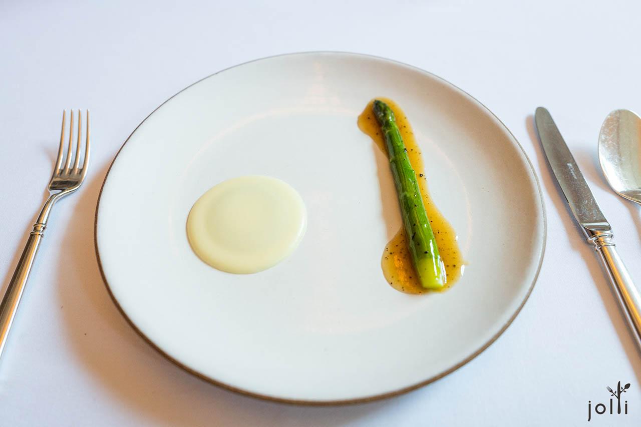 芦笋-黑松露猪肉汁-土豆泥