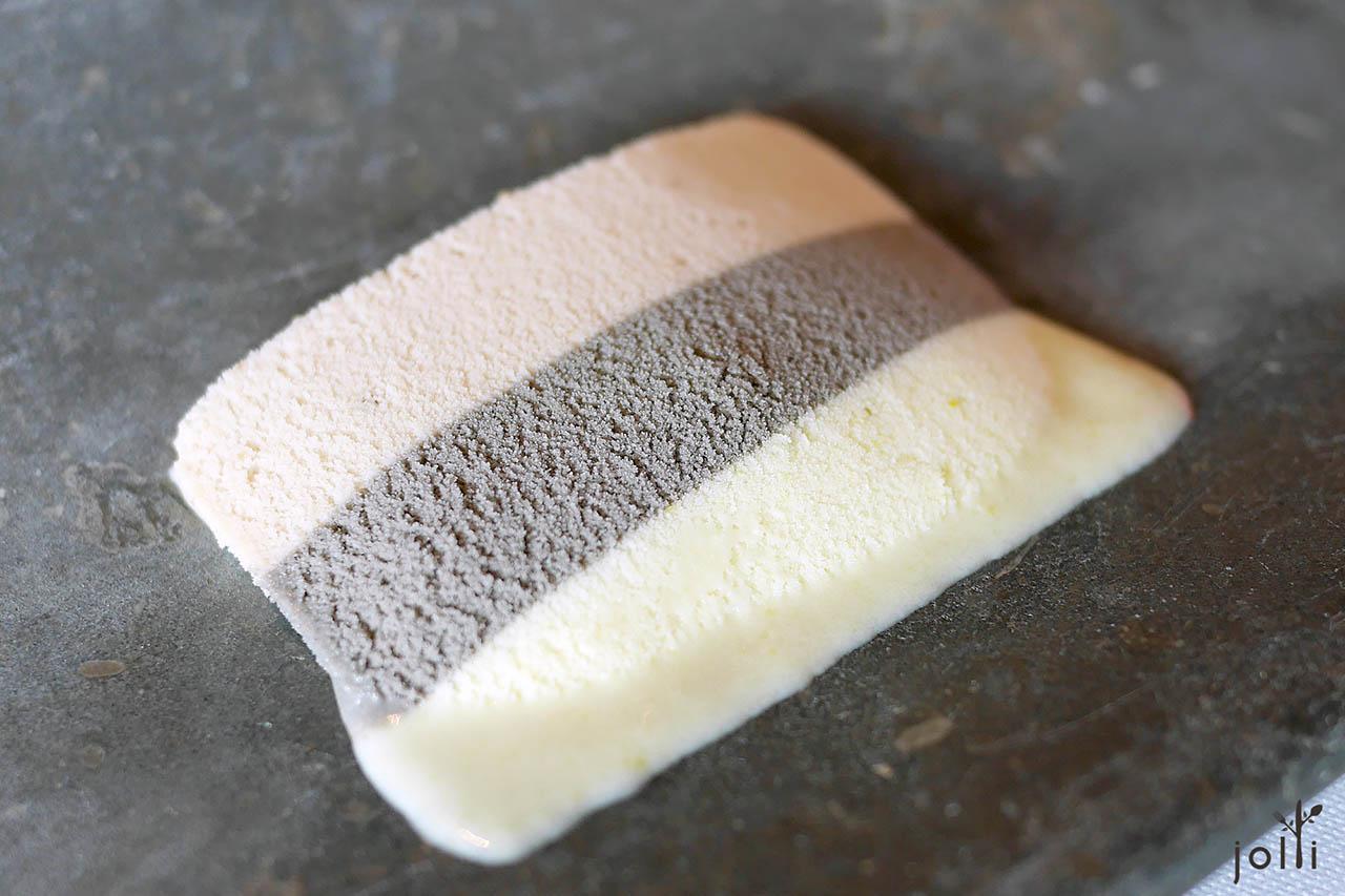 三种玉米口味的冰淇淋