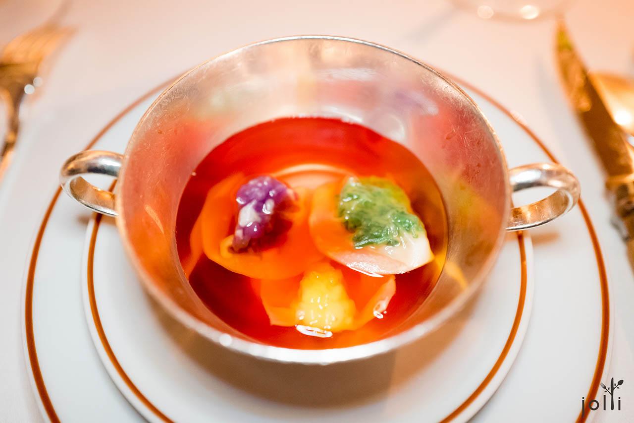 2016年的三色蔬菜汤饺