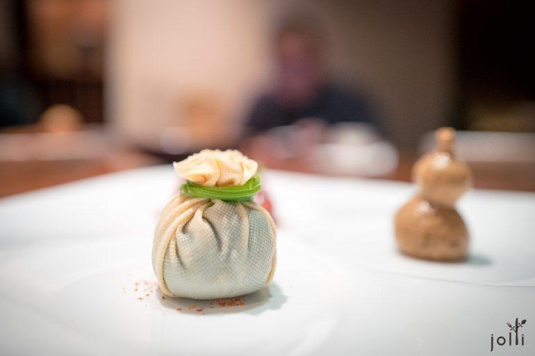 百叶包马兰头及菌菇