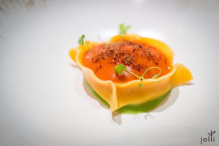 番茄蛋饺-烟熏土豆泥-蛋黄-青豆泥-洋葱粉