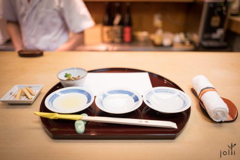 前菜、柠檬汁及秘制盐粉