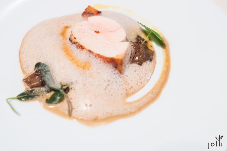 珍珠鸡-黄酒帕尔马干酪酱汁-牛肝菌