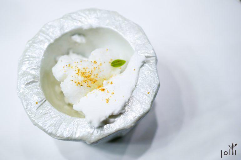 檸檬蜜糖蛋白酥配藏紅花