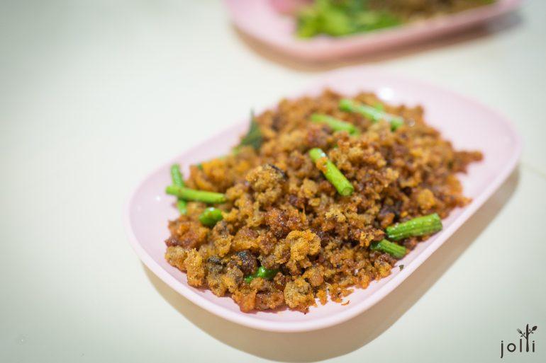 炒紅咖哩脆鯰魚