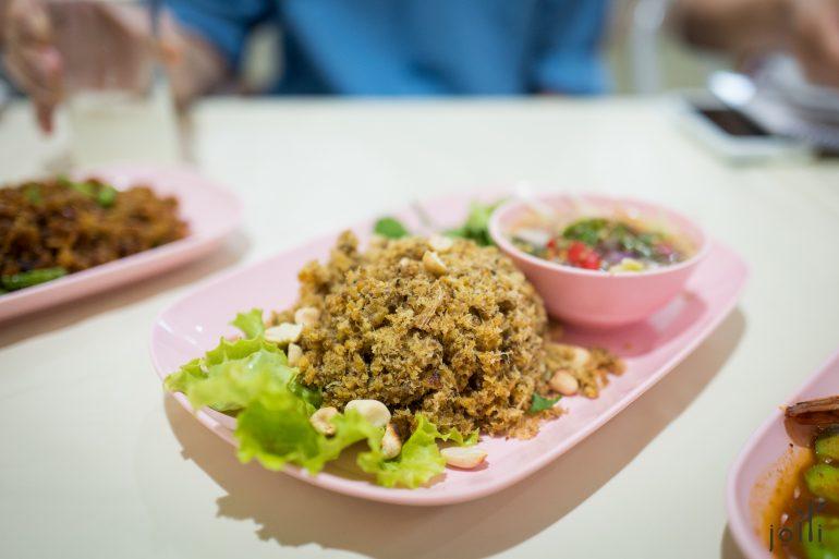脆鯰魚青芒果沙拉