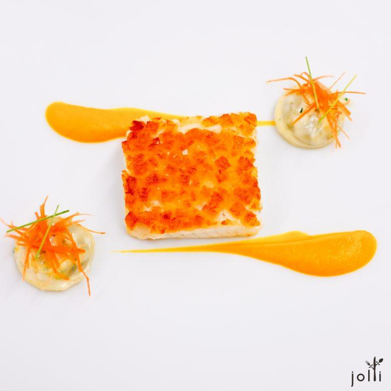 脆餅鱸魚-蔬菜香料小餛飩-胡蘿蔔泥-酒渣醬汁
