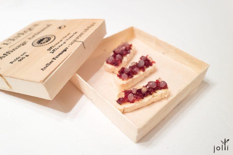 庞利维软奶酪-干红梅-红酒奶冻