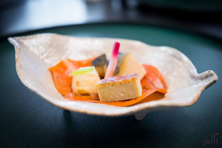 鲍鱼、芝麻百合和蟹玉子