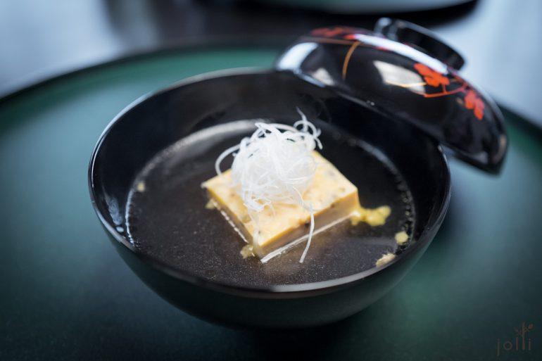 甲鱼玉子豆腐配甲鱼清汤