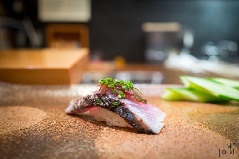 鲭魚配海藻、姜及葱