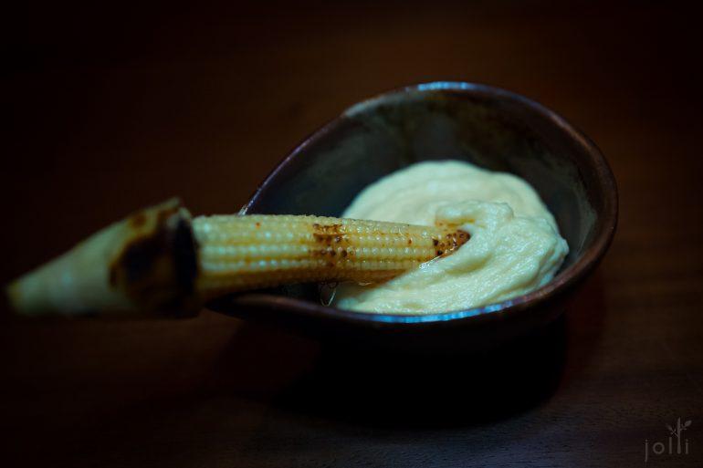 玉米笋蘸玉米奶酱