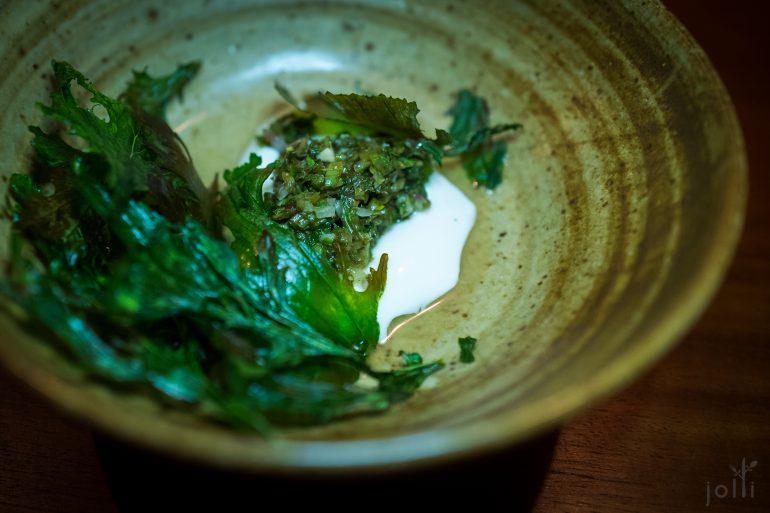 新鲜山羊奶豆腐-炒芥菜粒-烤芥菜叶
