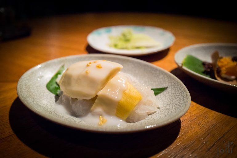 黄芒果椰汁糯米饭