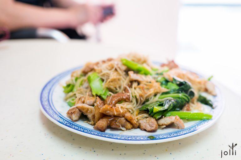 猪排洋葱时菜炒米粉