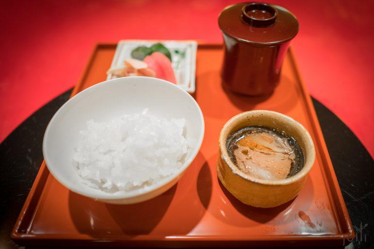 牛柳昆布卷、渍物、汤及饭