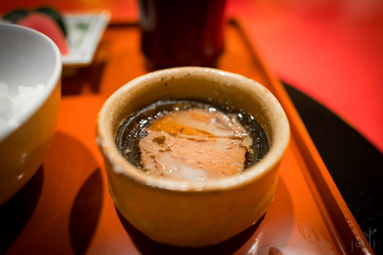 煮4小时的神户牛柳昆布卷
