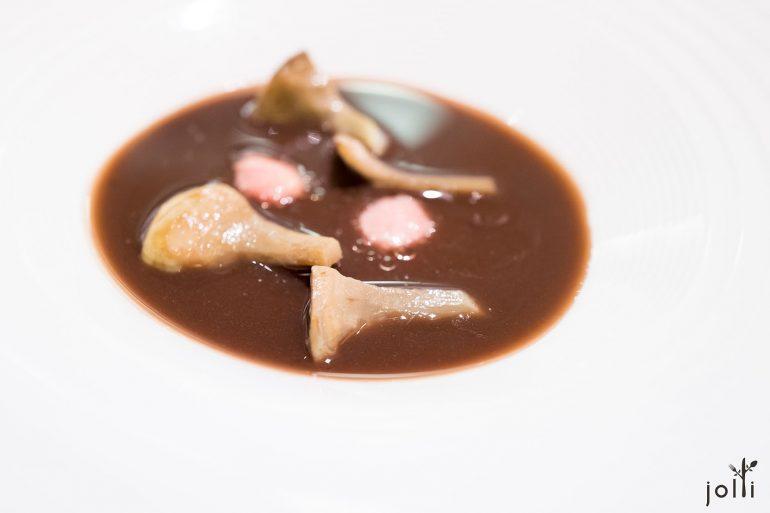洋薊配小扁豆蘑菇湯