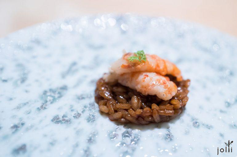 烤淡水龙虾搭墨西哥风情的炖墨西哥混酱饭