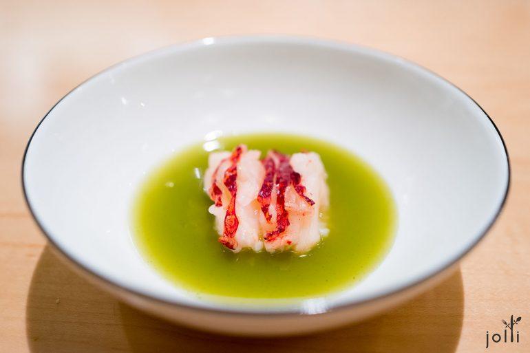 龙虾佐以鹰嘴豆蔬菜汤