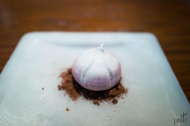 蛋白酥紫大蒜