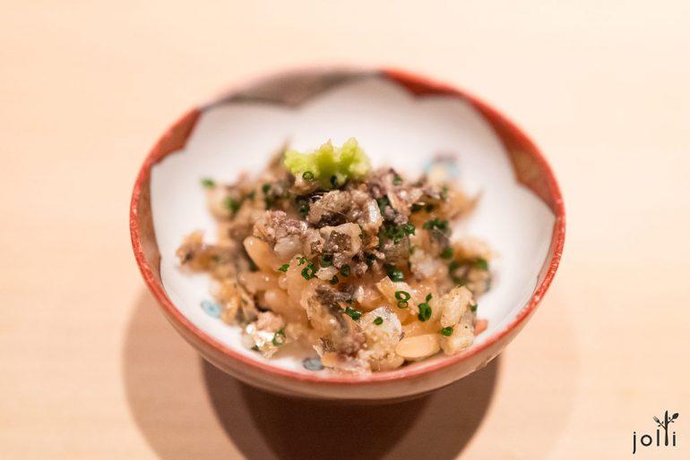 燒柳葉魚碎飯
