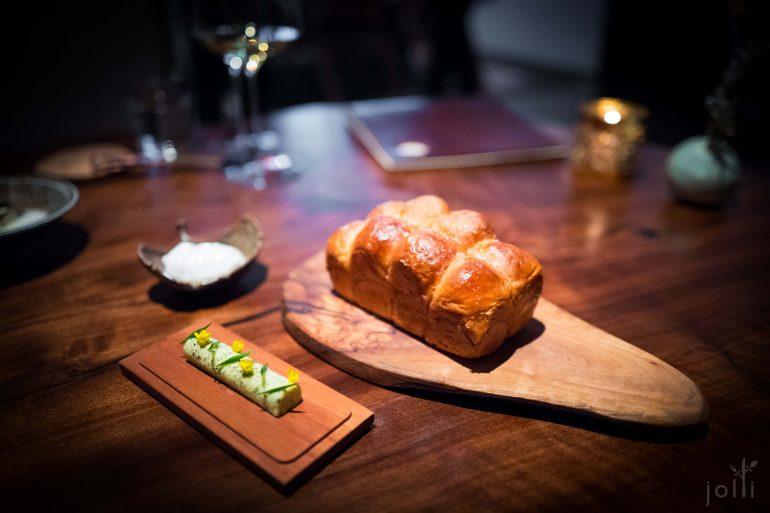布里歐修麵包配香草發酵奶油及醋香和牛牛油