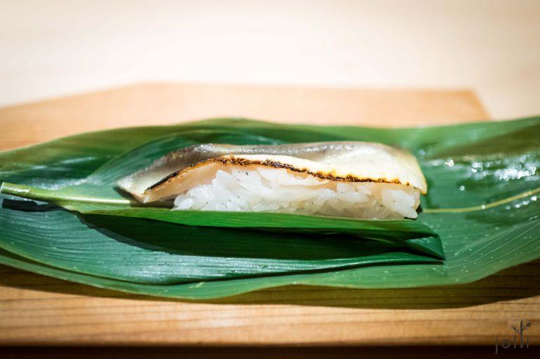 打开是鲇鱼莲藕寿司