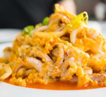 曼谷|Nhong Rim Klong-匠心精神的泰式海鲜料理大排档