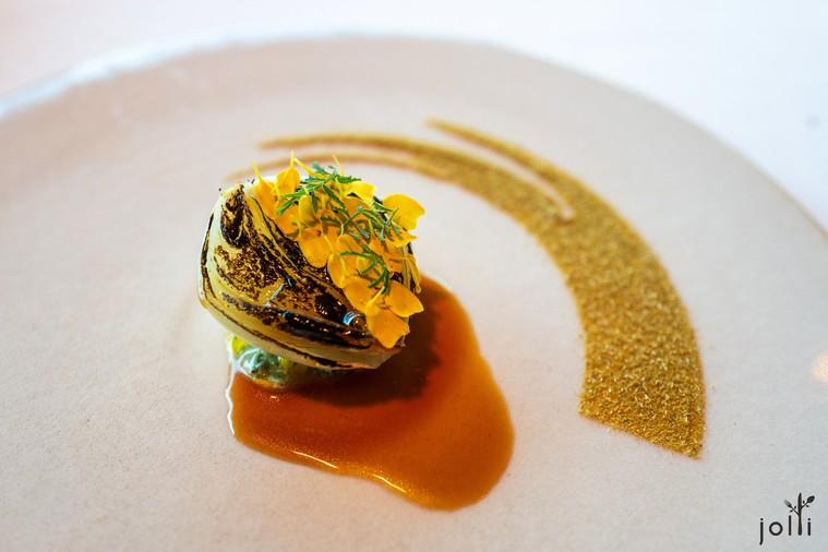 油封洋蔥搭上萬壽菊和芫荽子
