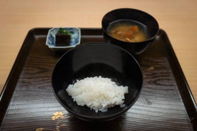片折師傅父親種植的稻米