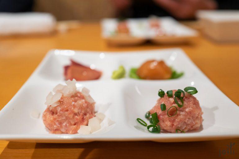 腌萝卜鸡肉丸及葱花鸡肉丸
