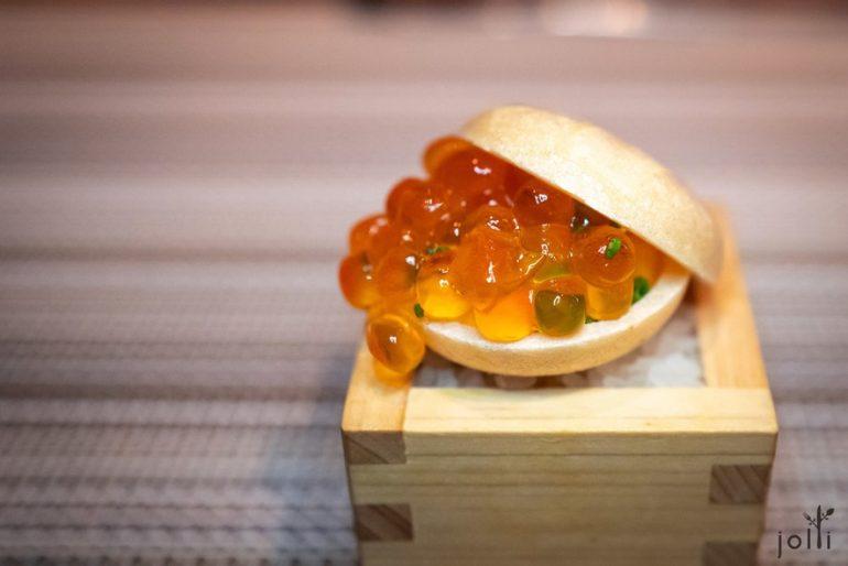 酱油渍鲑鱼子最中饼