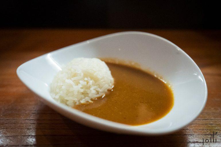 鱼汤咖喱饭
