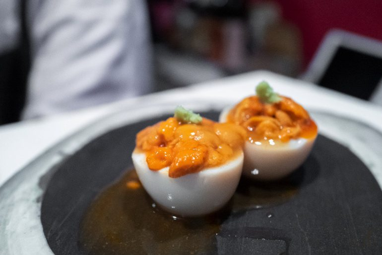 温泉蛋配海胆