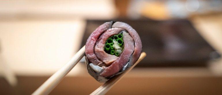 醋醃鯖魚卷物