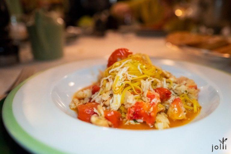 帝王蟹及小番茄扁意麵
