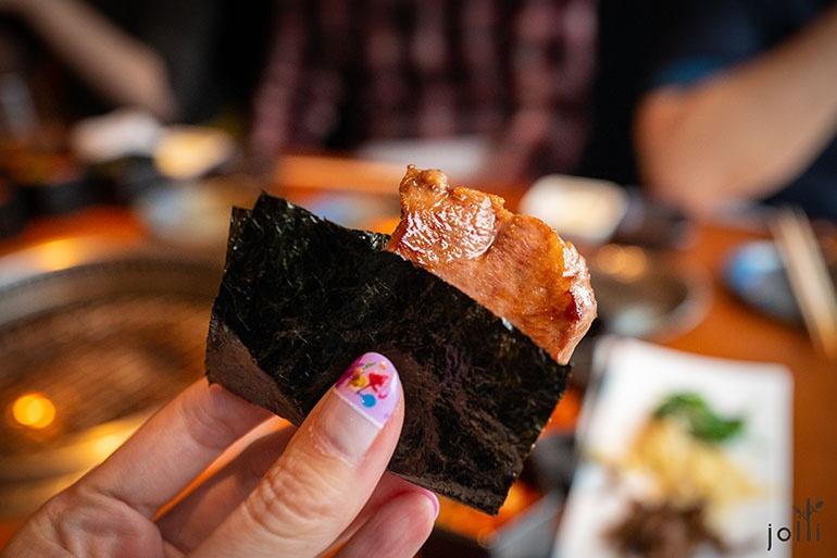 海苔包酱油酱汁渍烤牛舌