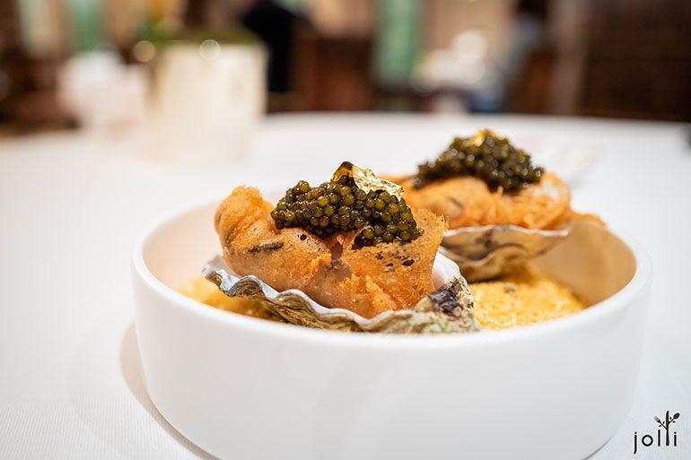 酥炸吉拉多蠔配魚子醬