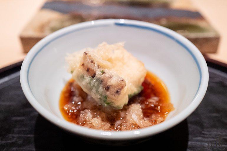 紫蘇葉配太刀魚
