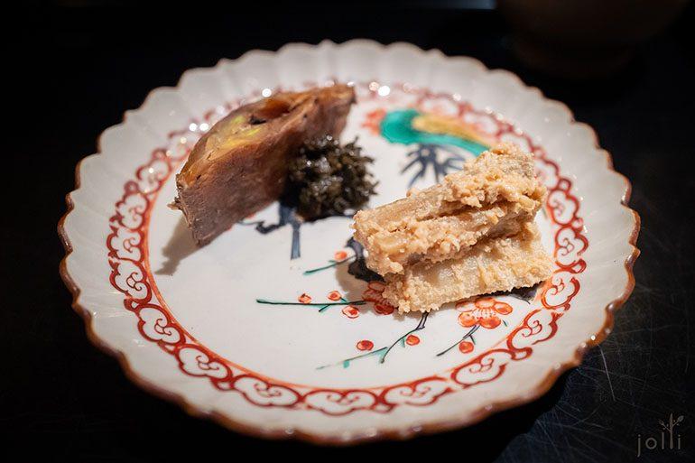 白芝麻拌牛蒡配玉露煮小鲷