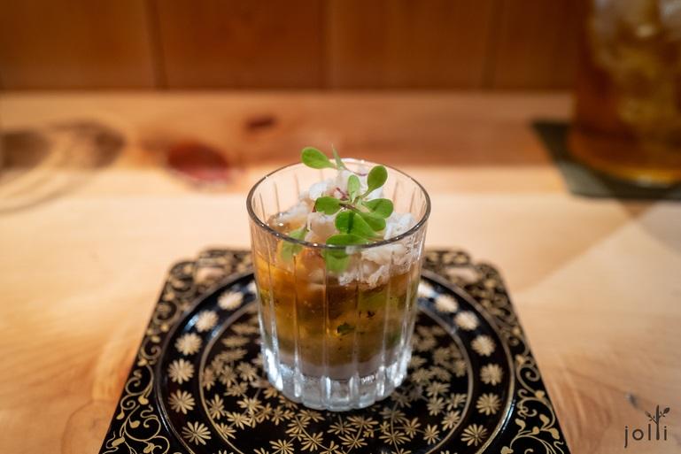 渡蟹配豆腐酱、土佐酢果冻、毛豆及玉米
