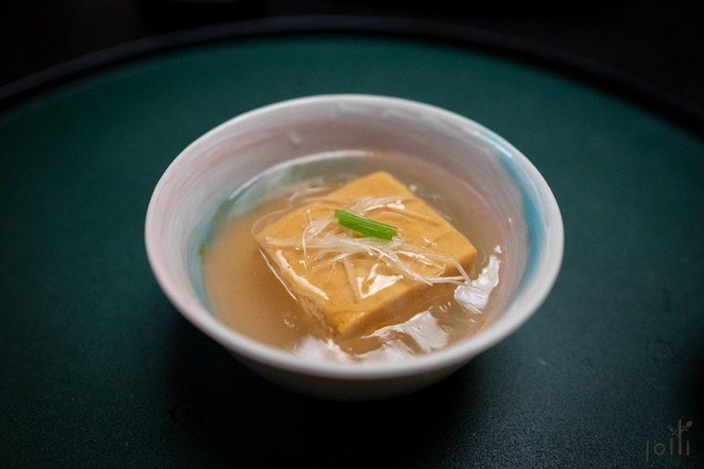 姜煮鮟鱇鱼肝豆腐
