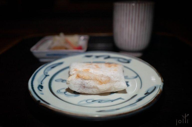 炭烤乌鱼子糯米团