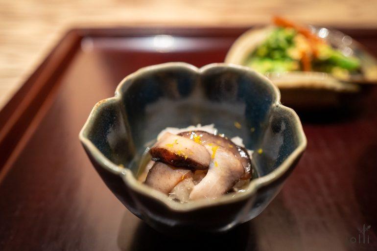 柚子海参味噌拌海参